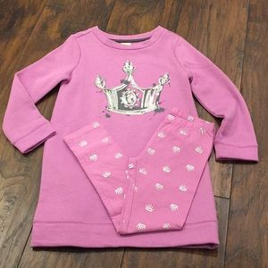 Gymboree 2 Piece Crown 👑 Outfit